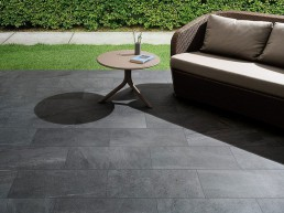 Brit Stone / Dark / 30x60 / Structured