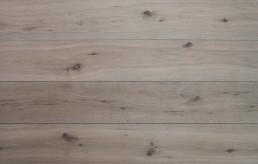 Engineered Oak / Loraine