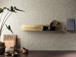 Brickell / White round mosaico matt