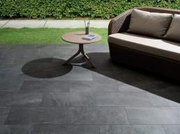 Brit Stone / Dark / 30x60 / Structured
