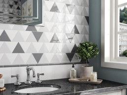 Scale / Triangolo White / Light/Dark Grey / 10,8x12,4